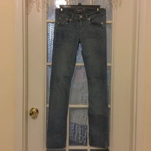 Request jeans size 7